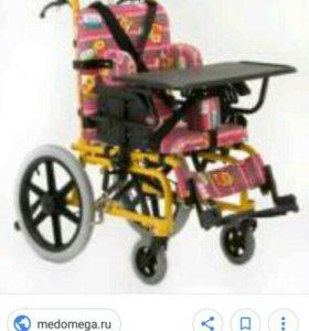 Детская инвалидная коляска