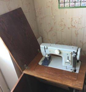Швейная машинка Подольск класса м-1.