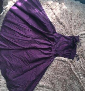 Платье, очень красивое.