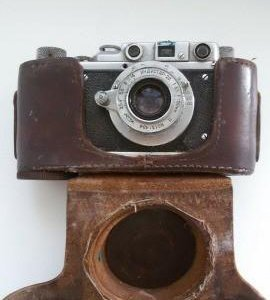 Фотоаппарат +экспонометр.