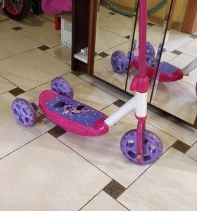 Самокат для детей до 4 лет