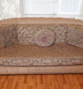 Продаётся диван срочно