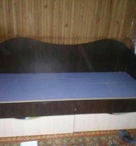 Кровать,с ящиками