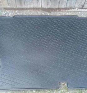 Коврик для багажника резиновый