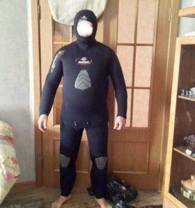 Продам костюм полусухой Италия и компенсатор