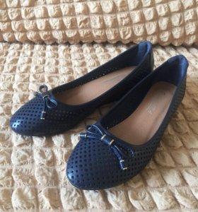Туфли женские новые. 36-37 размер