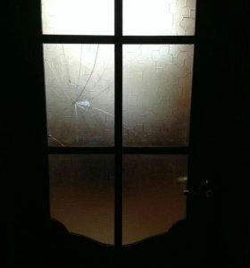 Ремонт дверей и стеклопакетов , резка стекла .
