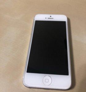 iPhone 5 32Gb silver (не включается)