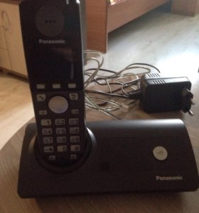 """Радиотелефон """"Панасоник"""""""