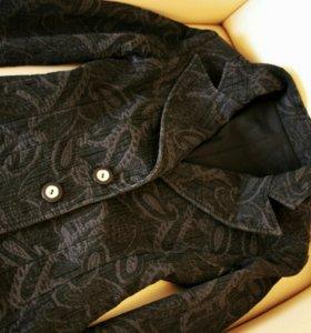 Стильный приталеный пиджак