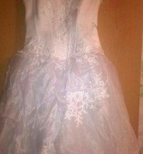 Свадебное платье.размер44-46