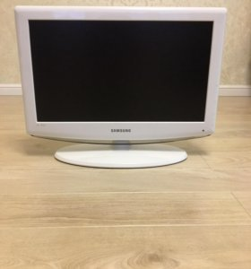 Телевизор SAMSUNG LE23R81W (белый)