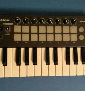 Продам миди клавиатуру Novation Launchkey Mini
