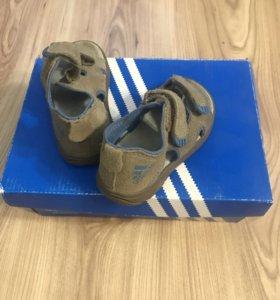 Сандали Adidas на мальчика