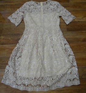 Коктейльное пышное платье