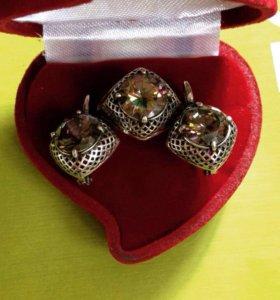 """Серьги и кольцо с камнем """"опал"""""""