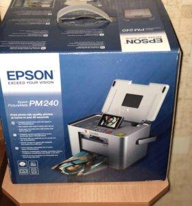 Компактный фотопринтер Epson PictureMate PM240