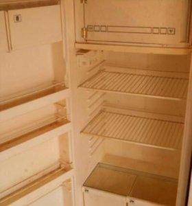 Отдам бесплатно холодильник!