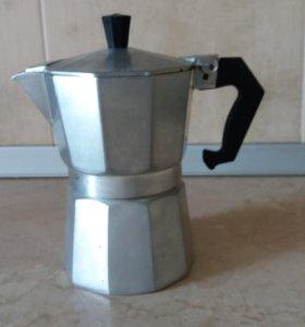 Кофеварка на 2 кружки