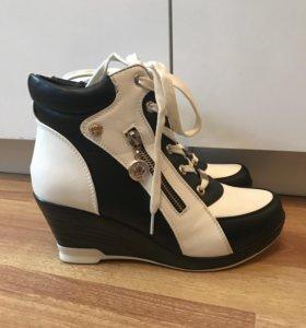 Ботинки-сапожки осенние