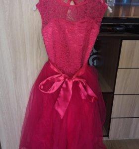Платье на 8-11 лет