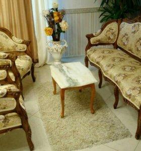 Диван и кресла антиквариат