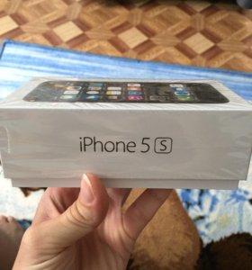 Айфон 5 s на 16 г