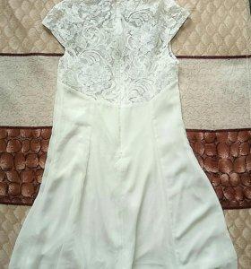Платье шифоновое с кружевом