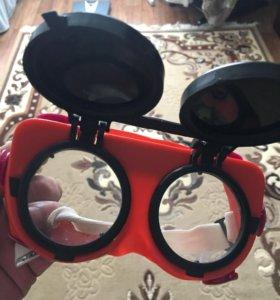 Защитные очки новые