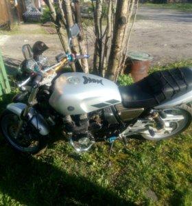 Мотоцикл yamaha xjr400