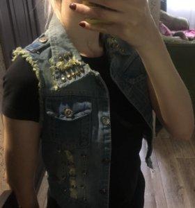 Жилетка джинс новая