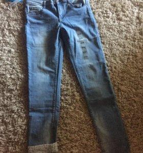 Новые классные джинсы.