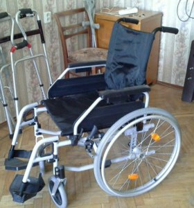 Коляска Новая инвалидная