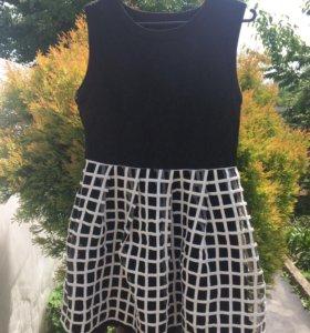 Платье женское, размер примерно 44-46