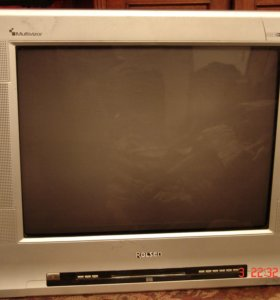 ТВ-видеодвойка со встроенным DVD