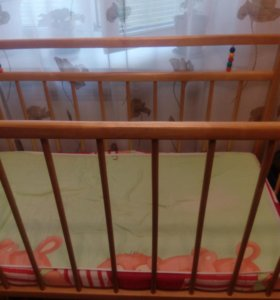 Детская кроватка - качалка