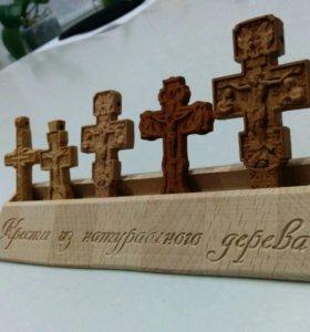 Деревянный нательный крест