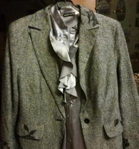 Пиджак с блузкой