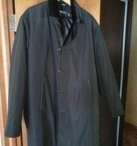 Пальто зимнее с мех воротником