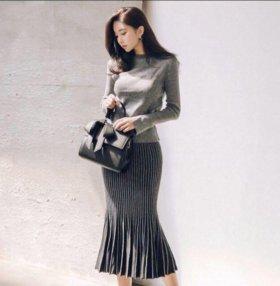 Трикотажное платье костюм юбка и топ