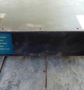 Источник бесперебойного питания Powercom KIN-1500