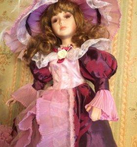 Кукла фарфоров.коллекционная