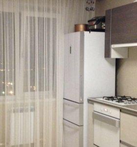 холодильник фирмы Haier AFD631GW