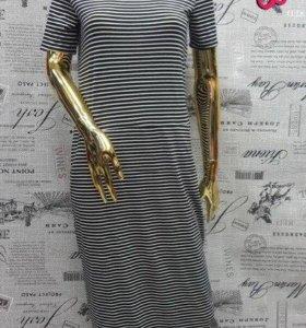Новое, стильное трикотажное платье