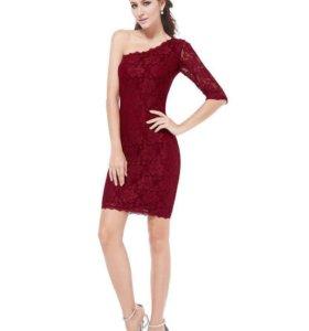 Платье гипюровое НОВОЕ, размер М продаю
