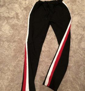 Новые брюки с лампасами