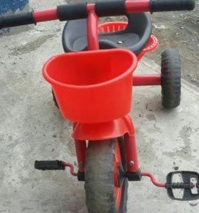 Продам детский велосипед от 1 года до 3 лет.