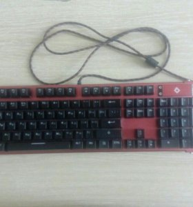 Игровая клавиатура от компании REDEEMER