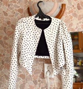 Новый женский жакет р. 46 (46-48) стильный пиджак
