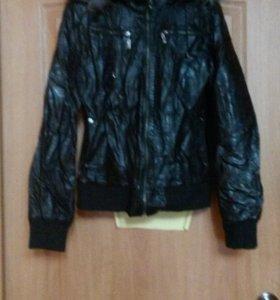 Пуховик,куртка кожаная, пальто, джинсовка